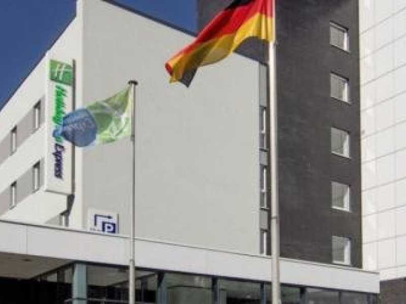 Holiday Inn Express Hamburg City Centre ohne Transfer Angebot aufrufen