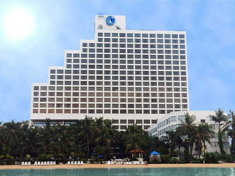 Hotel Cholchan Pattaya Resort 3719//.jpg